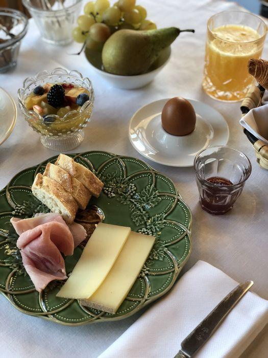 Le petit déjeuner au Château de Sacy
